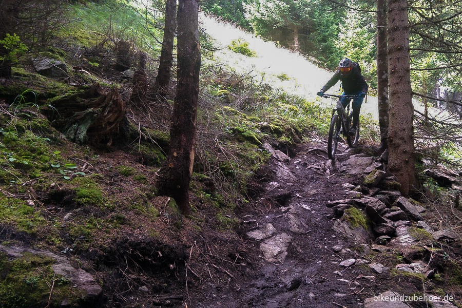 Conway WME 727 ALU Trail1