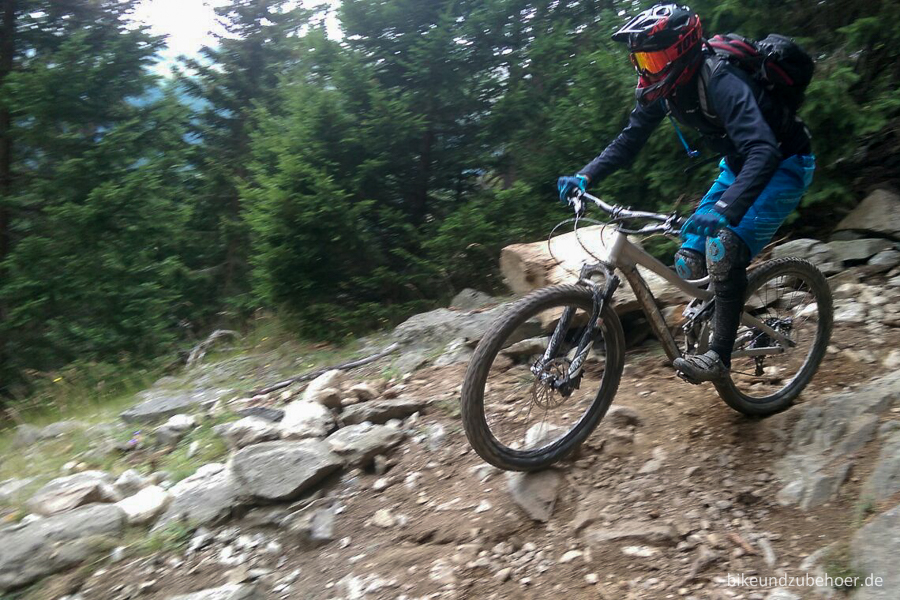 Conway WME 727 ALU Trail3