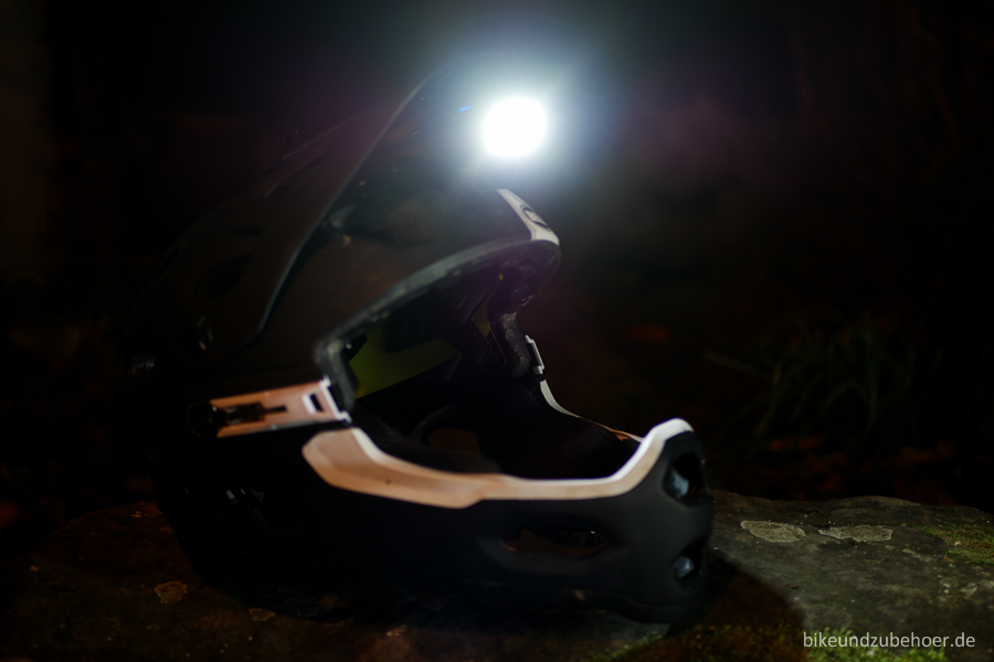 nightrides-helmet-light